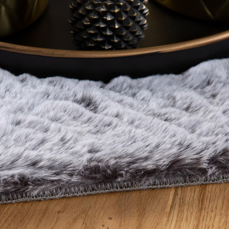 Fell Teppich Grau : fell teppich obsession flamenco 425 stone grau raum ~ Watch28wear.com Haus und Dekorationen