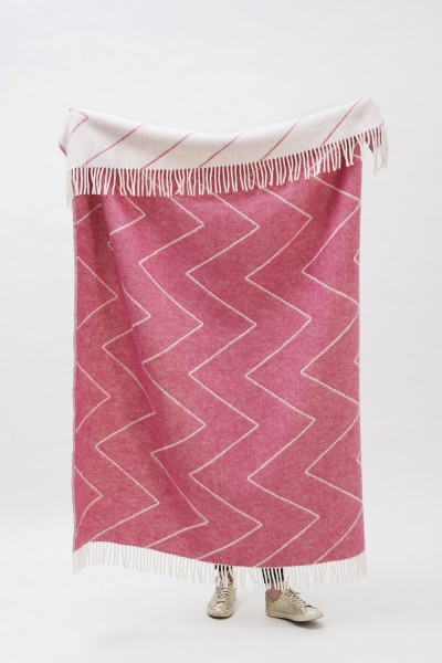 Decke Neuseelandwolle Brita Sweden Rita pink